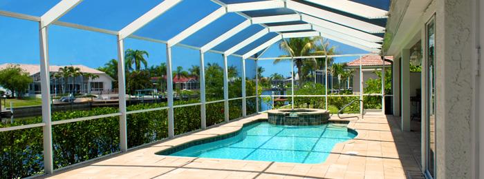 Coberturas policarbonato lonas alvorada for Coberturas para piscinas
